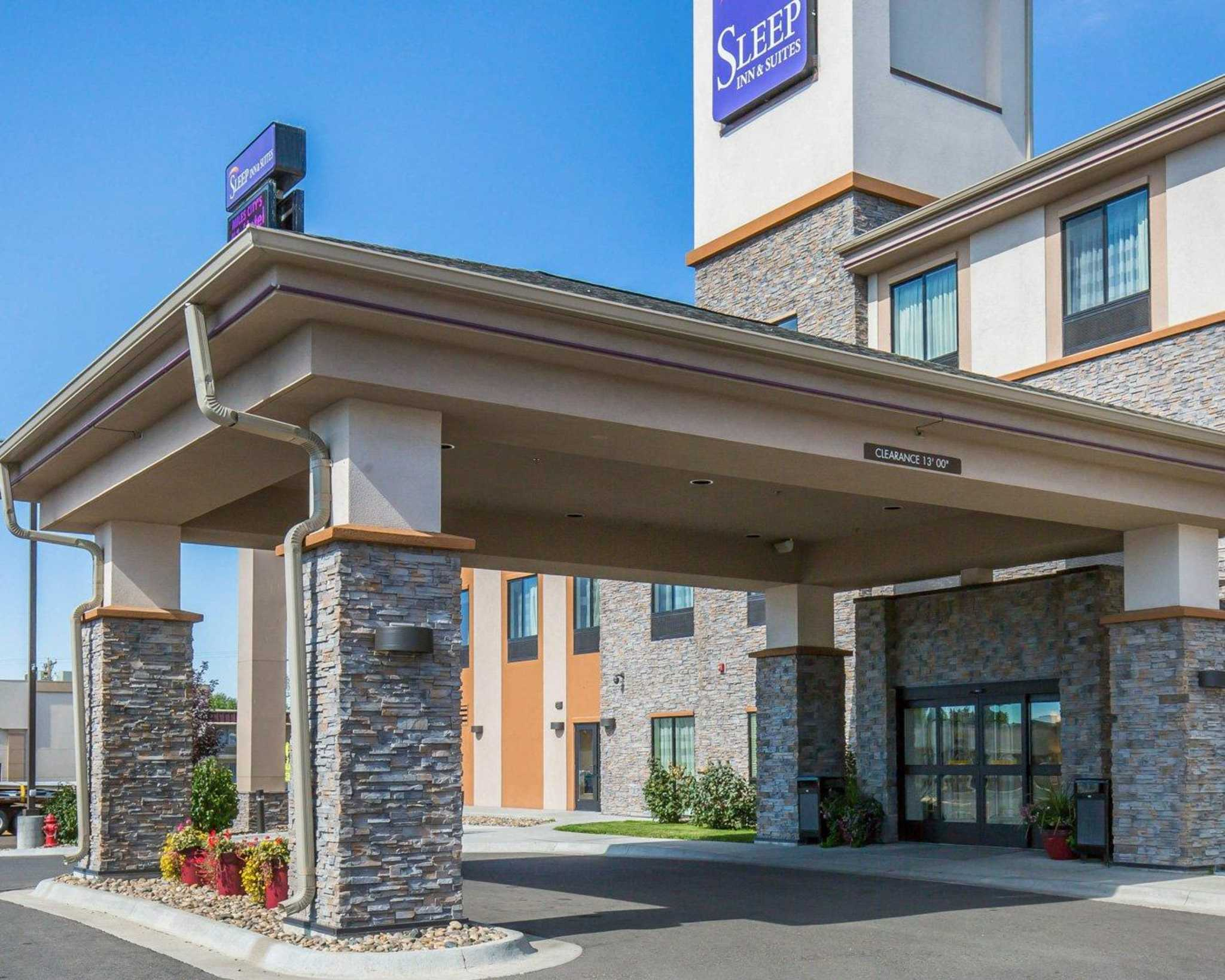 Sleep Inn  U0026 Suites  Miles City Montana  Mt