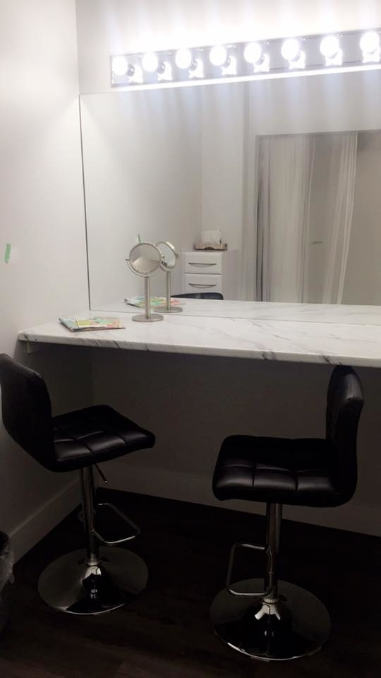 Wispers Hair & Day Spa in Cambridge: Make up Room