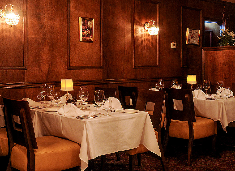 Napoleon's Steak & Seafood House in Burlington